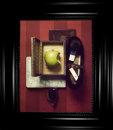 Still Life with Apple - Hôtel Bourg Tibourg